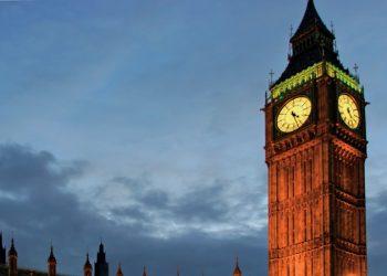 Parliament-UK-Government-Dusk-700.jpg